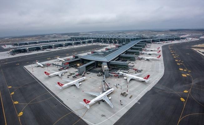 İstanbul Havalimanı'nda kademeli normalleşmede uçuş ve yolcu sayısı arttı