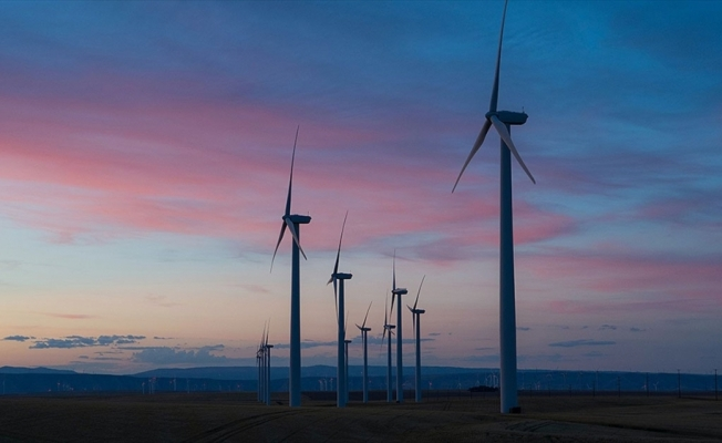 Sıfır emisyon için gelişmekte olan ülkelerde temiz enerji yatırım ihtiyacı yıllık 1 trilyon dolar