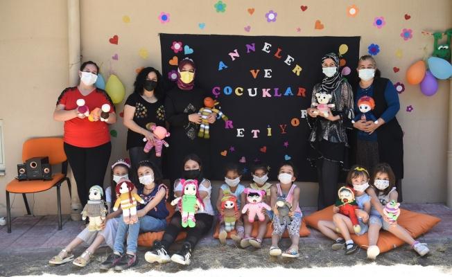 Altındağ'da anneler ve çocukları oyuncak yaptı