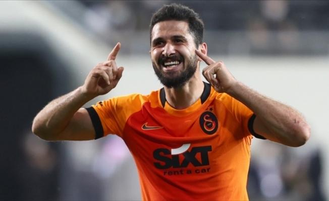 Galatasaray'da Emre Akbaba'nın sözleşmesi 2 yıl uzatıldı