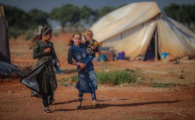 İdlib'deki kamplara sığınan siviller bir Kurban Bayramı'na daha buruk girdi