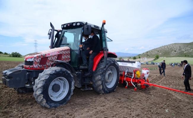 Kahramankazan Belediyesinden çiftçilere akaryakıt desteği