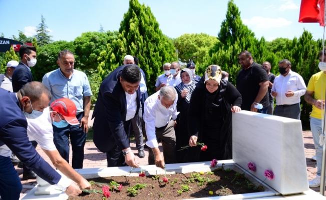 Kahramankazan'da Asri Mezarlık'taki kabirler ve şehitlik ziyaret edildi