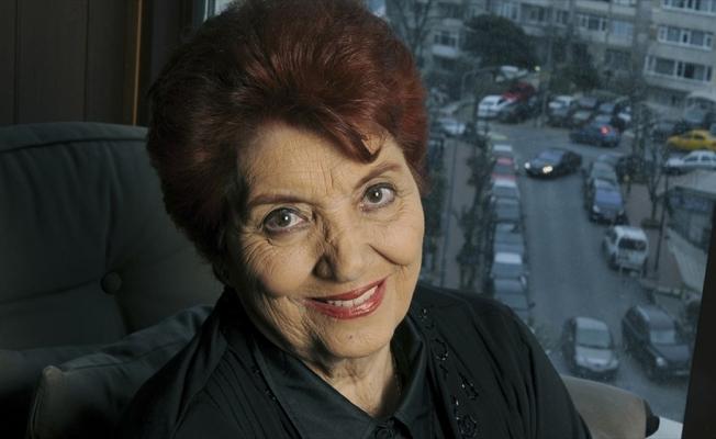 Türk sinemasının ilk kadın oyuncularından Sezer Sezin, vefatının 4. yılında anılıyor