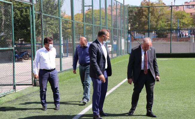 AK Parti Karaman Milletvekili Şeker, spor yatırımlarını inceledi