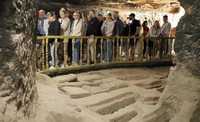 Aksaray'daki Aziz Mercurius yer altı şehrindeki mezarlar ilgi görüyor