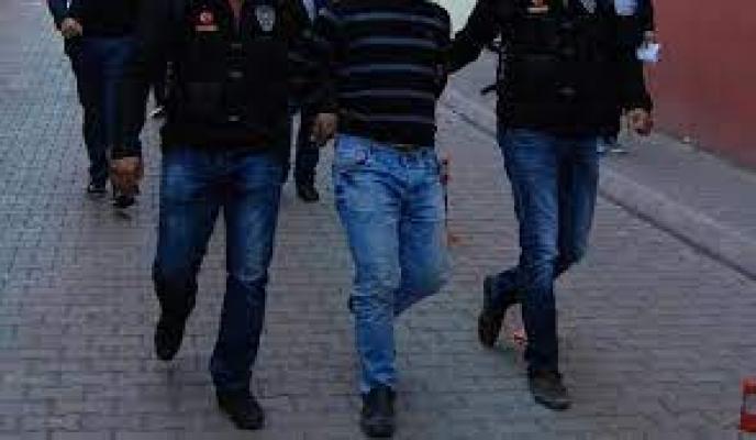 Başkentte geçen haftaki uyuşturucu operasyonlarında yakalanan zanlılardan 37'si tutuklandı