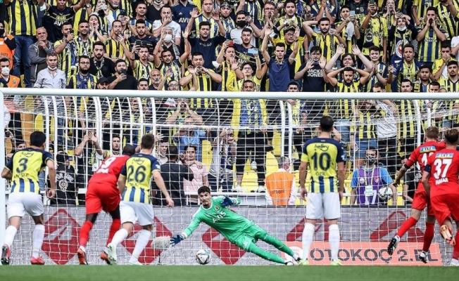 Fenerbahçe, üstünlüğünü koruyamadı