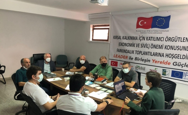 Güdül Belediye Başkanı Yalçın, Yerel Eylem Derneği yöneticileriyle bir araya geldi