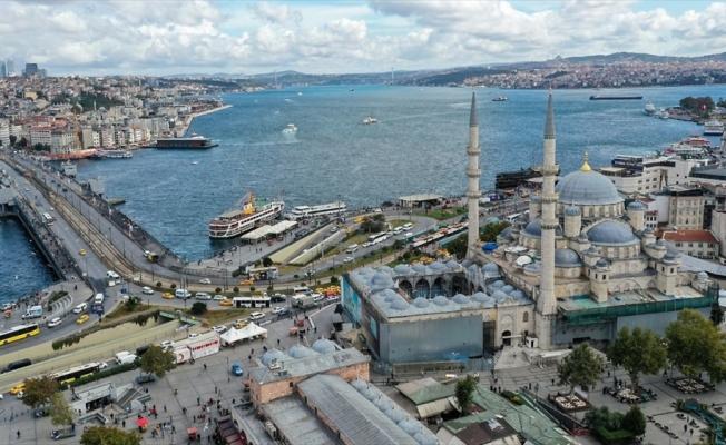 3,5 asırlık Yeni Cami tarihinin en kapsamlı restorasyonundan geçiyor