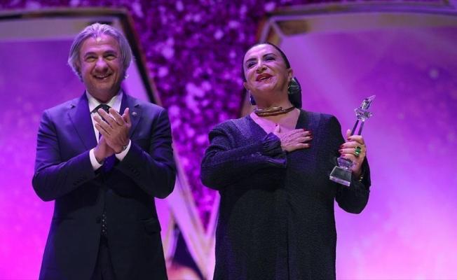 4. Türk Sinemasını Geçmişten Geleceğe Taşıyanlar Ödülleri verildi