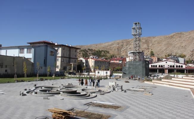 AK Parti Sivas Milletvekili Ekinci, Zara ilçesinde ziyaretlerde bulundu
