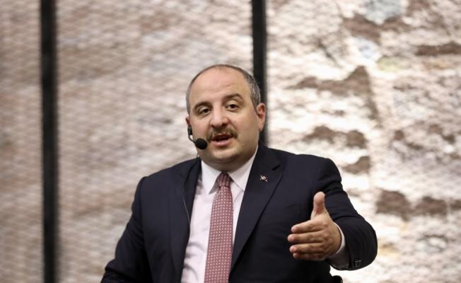 Bakan Varank, Konya'da gençlerin sorularını cevapladı: