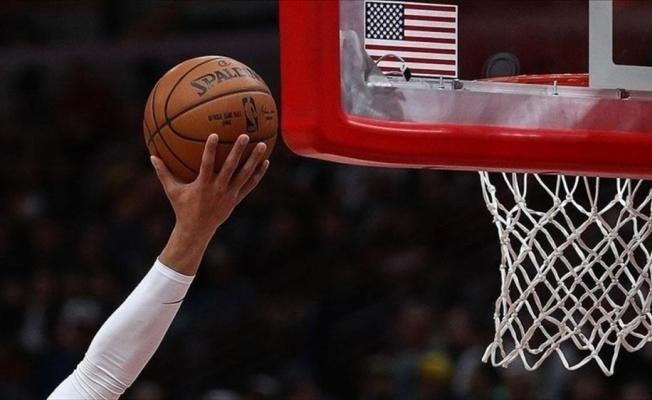 Ömer NBA'deki hazırlık maçında 'double double' yaptı