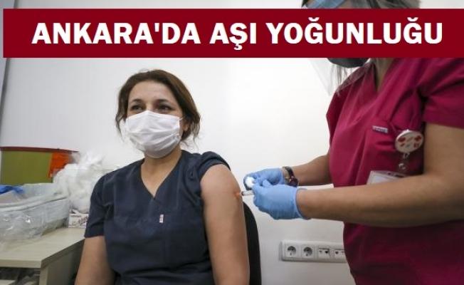 Başkentte aşı merkezlerinde yoğunluk yaşanıyor