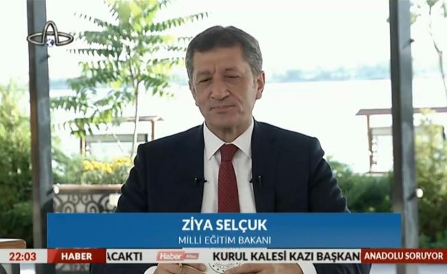 Milli Eğitim Bakanı Selçuk'tan okulların açılacağı tarih açıklaması