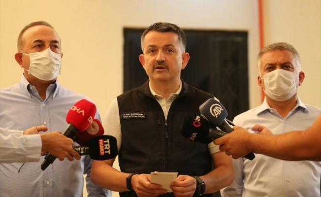 Manavgat'ta Bakan Pakdemirli acı haberi verdi