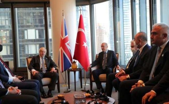 Erdoğan, İngiltere Başbakanı Johnson ile görüştü