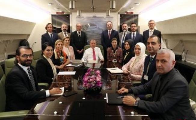 Cumhurbaşkanı Erdoğan, Afrika ziyareti dönüşünde uçakta soruları yanıtladı