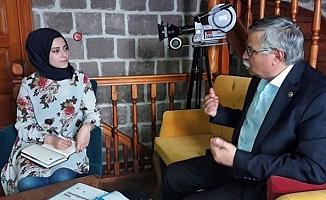 Latif Selvi ''Yeni Sistem İçin Her Kesimden Görüş Alınmalı''