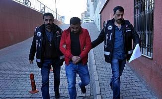 Kayseri'de ruhsatsız silah operasyonu: 19 gözaltı