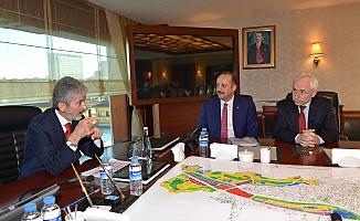 Başkan Tuna Mesut Akgül'ü Kabul Etti