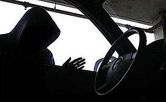 Başkentte Otomobil Hırsızları Yakalandı!