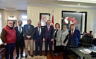 Gazeteciler Akgül'ü ziyaret etti