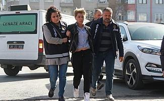 Firari yankesici kadın yakalandı