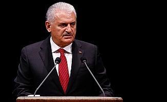 Başbakan Yıldırım'dan Galatasaray'a tebrik mesajı