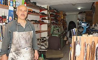 Ayakkabı ustasının 40 yıllık meslek aşkı