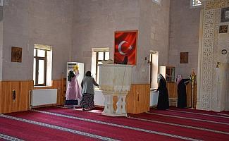 Suşehri'nde camilerde genel temizlik yapıldı