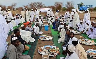 TDV'den 10 bin Sudanlıya iftar