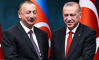 Azerbaycan Cumhurbaşkanı Aliyev, Cumhurbaşkanı Erdoğan'ı kutladı