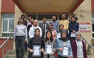 Derebucak'ta başarılı öğretmenler ödüllendirildi