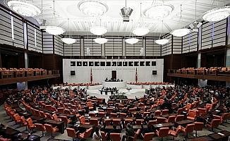 Bedelli düzenlemesinin de bulunduğu 'torba teklif' Mecliste