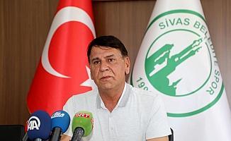 Sivas Belediyespor yeni transferleriyle imza attı