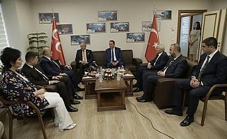 MHP'ye AK Parti'den bayram ziyareti