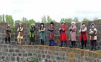 Ortaokul öğrencilerinden Malazgirt Zaferi klibi