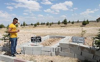 Sarıkaya'da mezarlık ziyareti