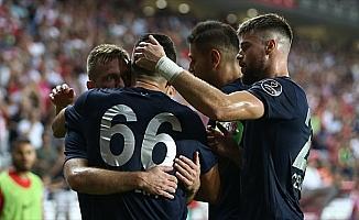 Antalyaspor evinde galip