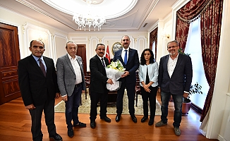 Bakan Gül, AYD Başkanı Sinan Burhan'ı Kabul Etti!