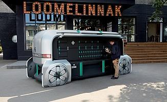 Kişiye özel teslimata robot otomobil çözümü