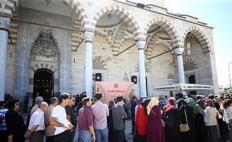 Konya'da vatandaşlara aşure ikramı