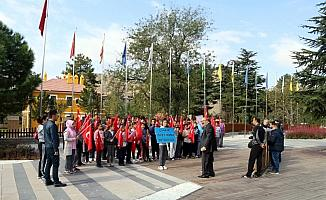 Öğrencilere İstiklal Yolu Parkı'nda eğitim