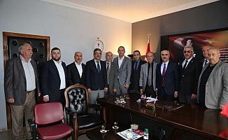 Sivas Belediye Başkanı Aydın, STK'ları ziyaret etti