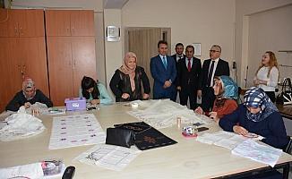 Vali Şimşek'ten Halk Eğitim Merkezine ziyaret
