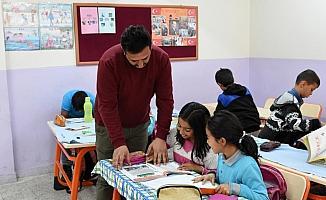 Fedakar öğretmenlerden örnek davranış