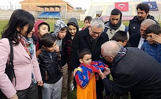 Niğde Anadolu FK Niğde'de futbol okulu açtı