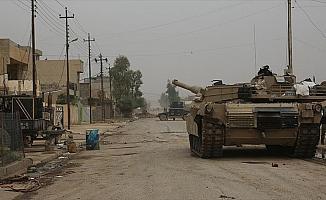 ABD Irak'ın Mahmur ilçesinde DEAŞ hedeflerini vurdu